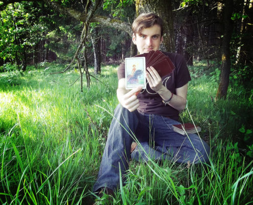 Gwydion Rose Tarot readings